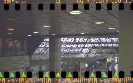 2006_09_17_holga_35mm_001_03_1