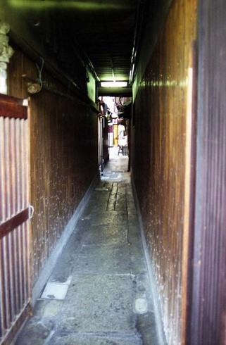 2007_04_15_nikon_f80s_100_09