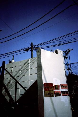 2007_04_28_ricoh_r1_032_10a