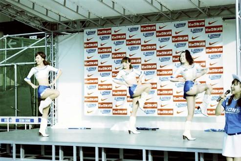 2008_06_12_nikon_us_013_17